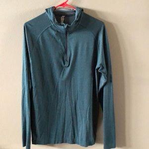 Lululemon 1/4 zip hooded top